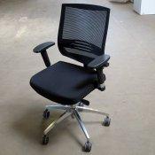 Envy Kontorstol med netryg og sort sæde