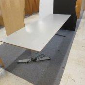 Bondo hæve-/sænkebord - 220x80 - Grå