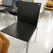 62 Konf.stol, Sort skalstol, Blankt stel