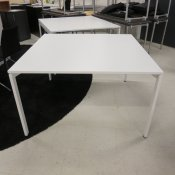 Kinnarps konferencebord - 120x120 - Hvid