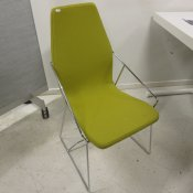 Skandiform stol - Lys grøn