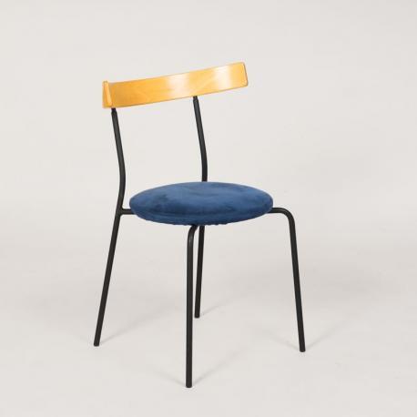 Konferencestol med blå polstret sæde
