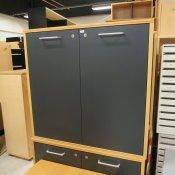 Skab - 4 rum - Bøg m. antracitgrå låger