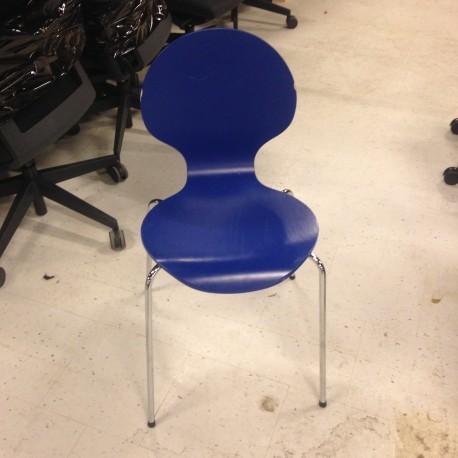 Blå skalstol