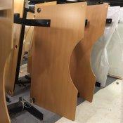 Hævesænkebord med centerbue og sort stel - 180 x 100 cm