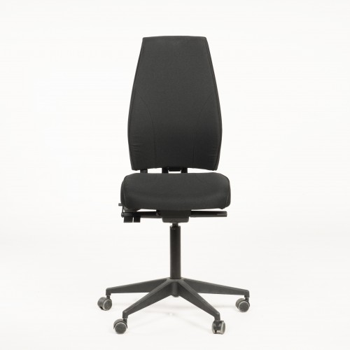 Magna Executive