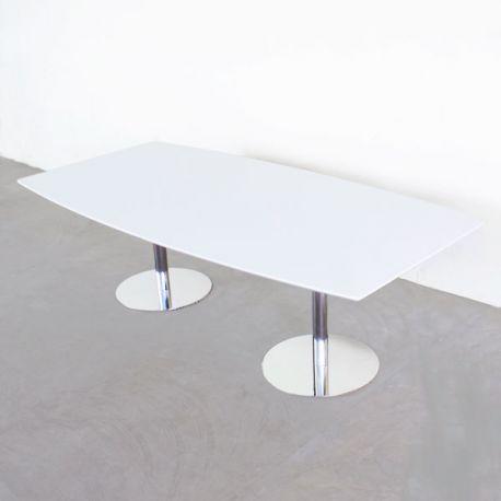 Bådformet konferencebord med søjleben