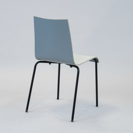 Agger stol - Hvid front/grå ryg m. sort stel