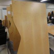 Duba B8 hæve-/ sænkebord - ahorn - 180x100 cm.