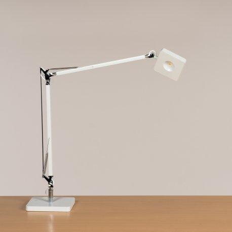 Bord-/ væglampe - model F8 LED T1 - Hvid (DA)