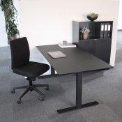 Arbejdsstation - 160x80 cm hæve-/sænkebord + kontorstol + skab
