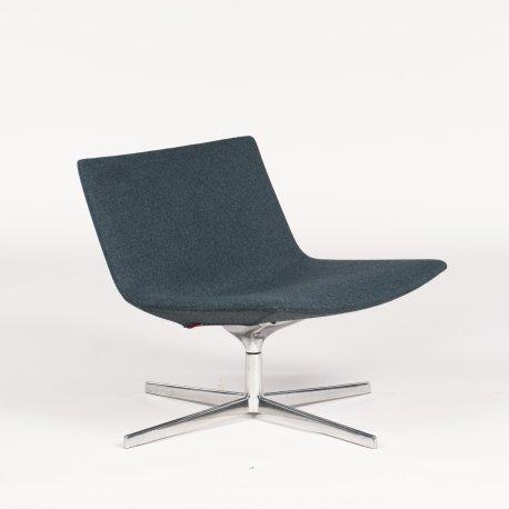 Arper Catifa 60 - loungestol - blå