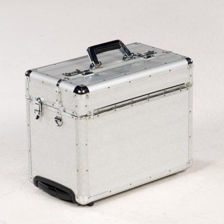 Trolley  / kuffert med håndtag og hjul