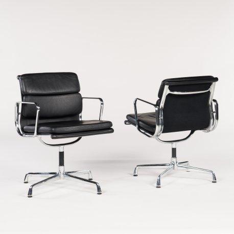 Eames konferencestol - sort læder - metal stel