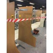 Venstrevendt hæve-/sænkebord - 180 cm