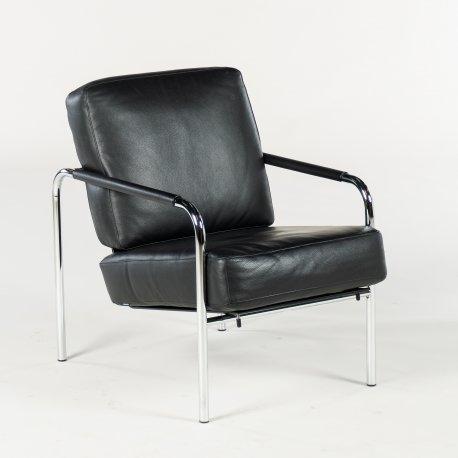 Zanotta loungestol - sort læder - model Sussana