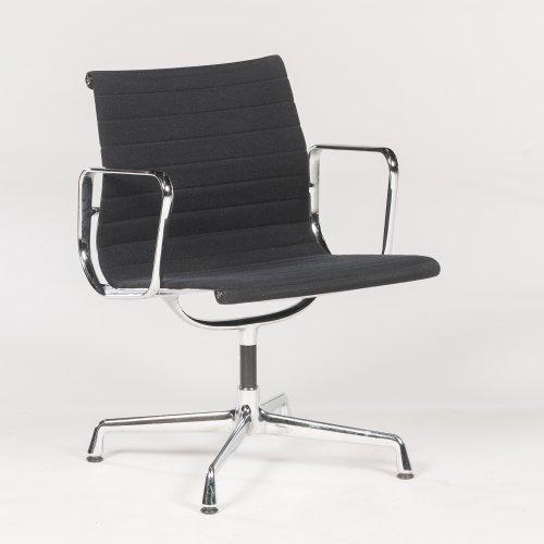 Eames Vitra EA 108 - konferencestol med armlæn - sort hopsak