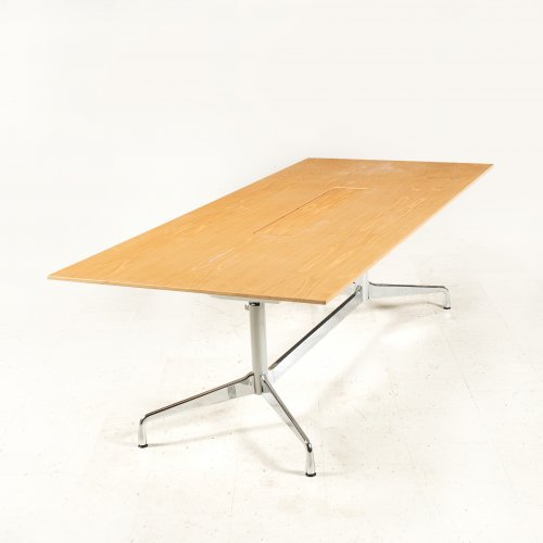 Charles Eames - Segmented Table - konferencebord - Vitra - egetræ - aluminium