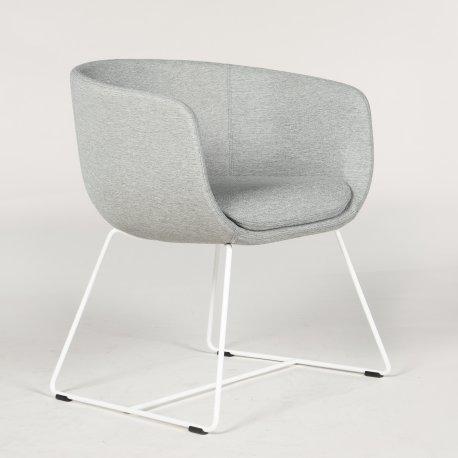 Demo loungestol - model Nu - grå polstring - hvidt stel