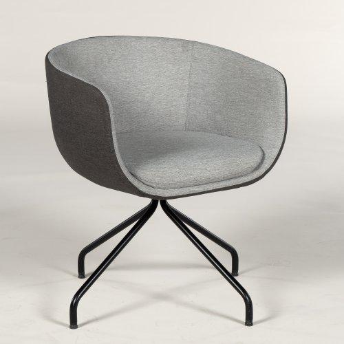 Demo loungestol - model Nu - grå polstring - tofarvet - sort stel