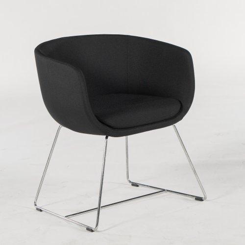 Demo loungestol - model Nu - sort stof - krom stel