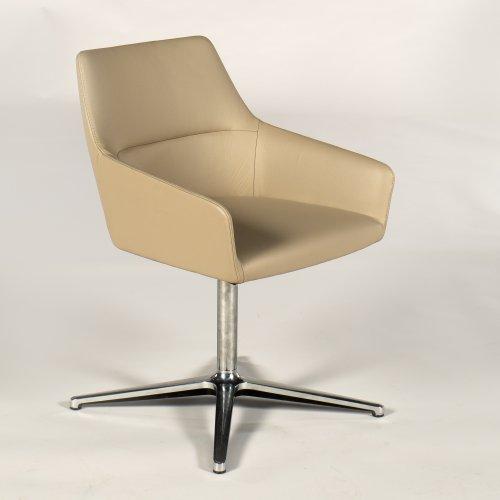 Demo loungestol - model Chic - sandfarvet læder - aluben