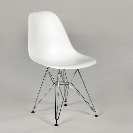 Charles og Ray Eames - Plastic Chair - Eiffel stel - hvidt plast - krom stel