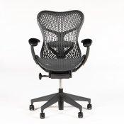 Herman Miller Mirra 2 kontorstol - stand som ny