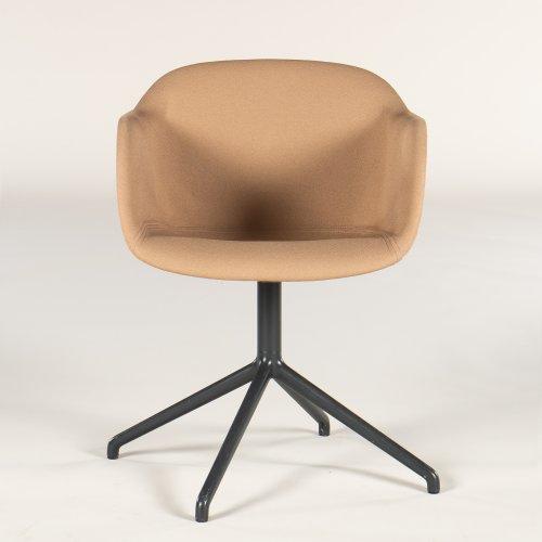 Muuto Fiber armstol/ konferencestol - lysbrunt stof - gråt stel