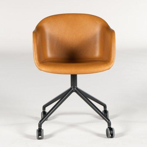 Muuto Fiber armstol/ konferencestol - cognac læder - gråt stel - hjul