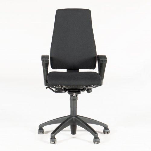 Kinnarps kontorstol - sort polstring - højrygget
