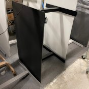 Hæve-/sænkebord - sort linoleum - 120x80 cm.