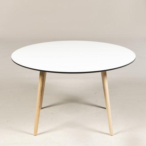 Radon - mødebord - Ø 128 cm. - hvid laminat - Angle ben egetræ