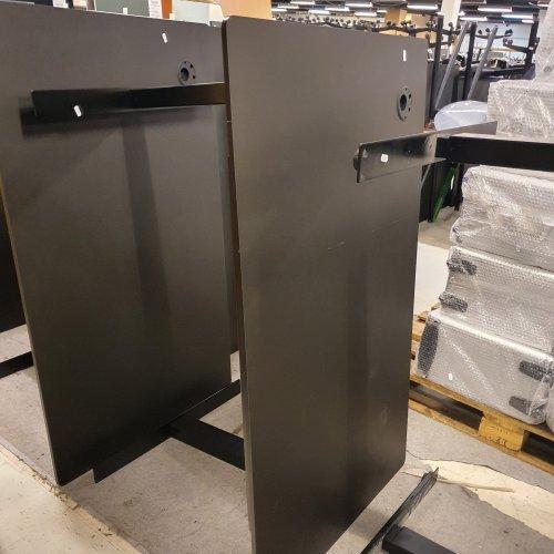 Demo Thor hæve-/sænkebord - sort linoleum - sort stel - powerdot venstre - flexi kabelbak - large slimtray - 130x80 cm