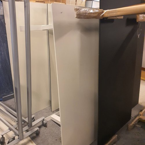 Demo Thor hæve-/sænkebord - hvid laminat - hvidt stel - 160x80cm