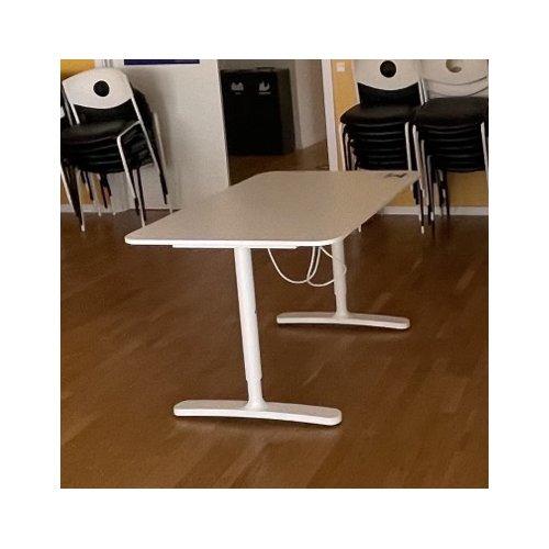 Hvidt hæve sænkebord - 120 cm - presale